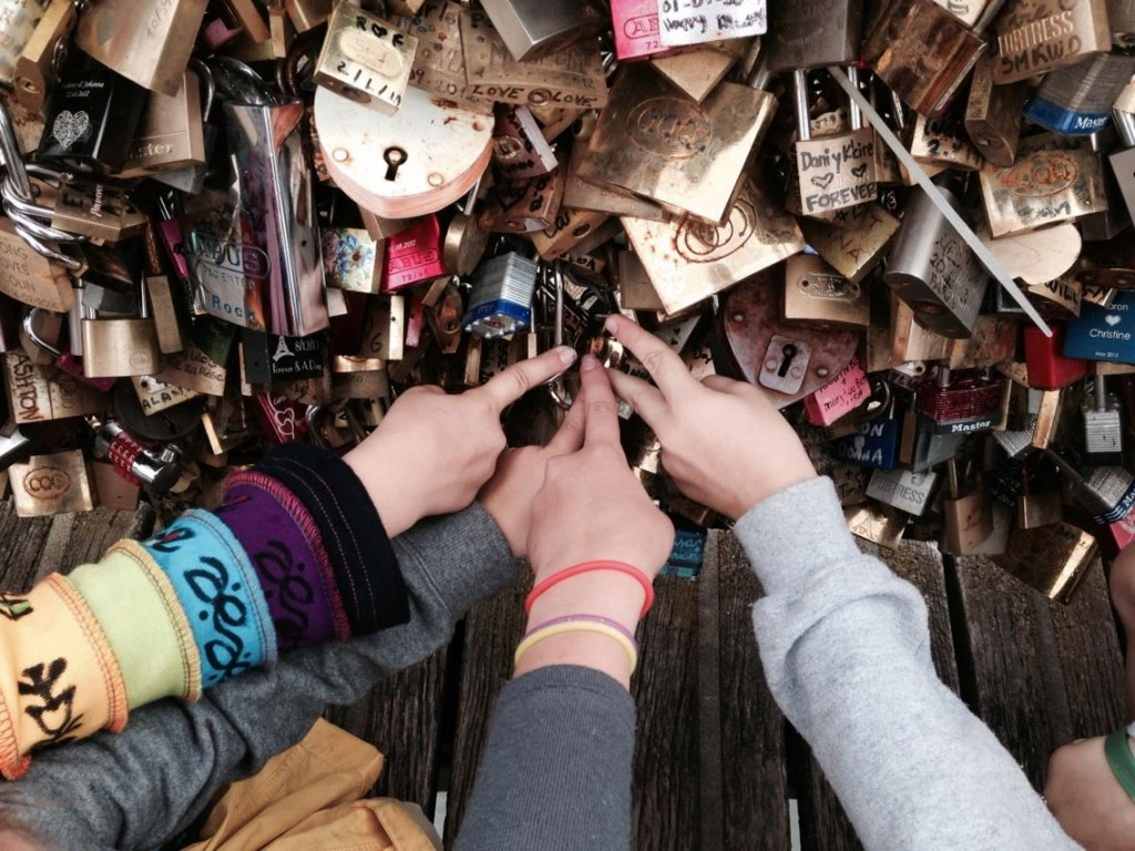 lock love pont des arts paris homeschool